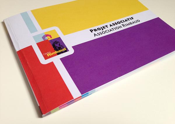 Création d'un livret de 52 pages pour le projet associatif du Centre Rimbaud à Saint-Etienne. Eric Martin ©2014